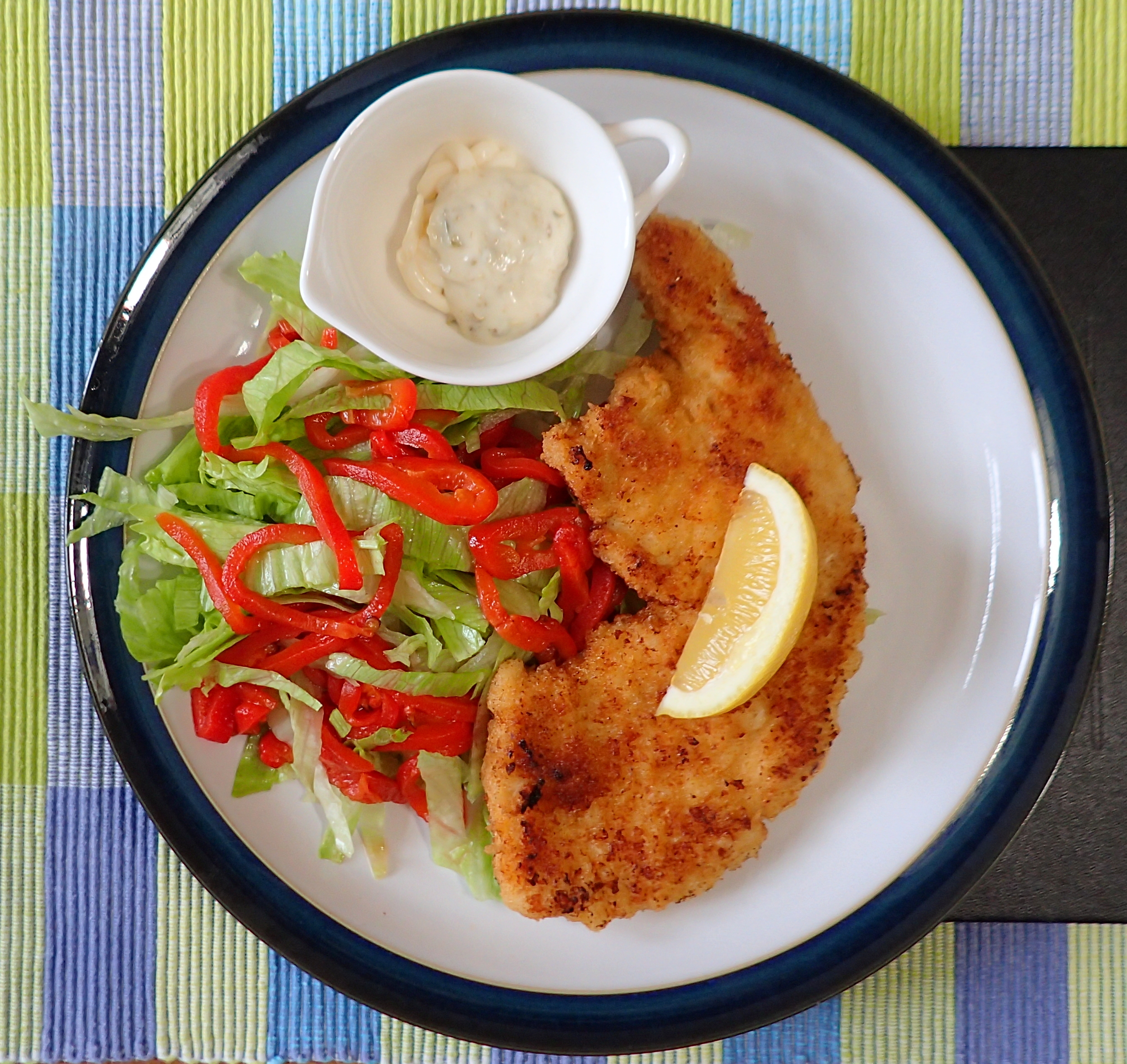Turkey schnitzel with lettuce & pickled red peppers