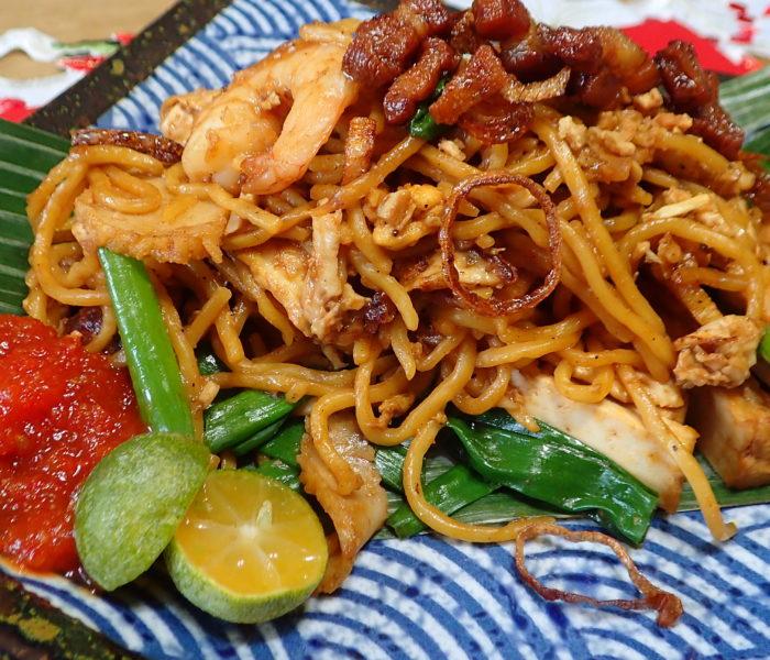Mamak style Mee Goreng (Fry Egg Noodles)